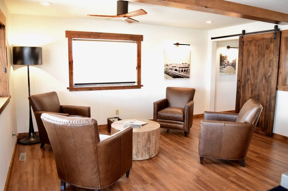 Boarders Inn & Suites by Cobblestone Hotels - Syracuse: 612 West Avenue A, Syracuse, KS