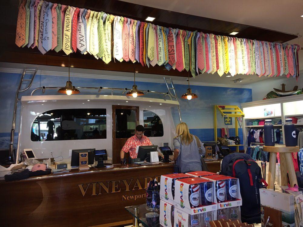 Vineyard Vines 10 Photos 18 Reviews Women S Clothing 1125 Newport Center Dr Beach Ca Phone Number Last Updated December 16