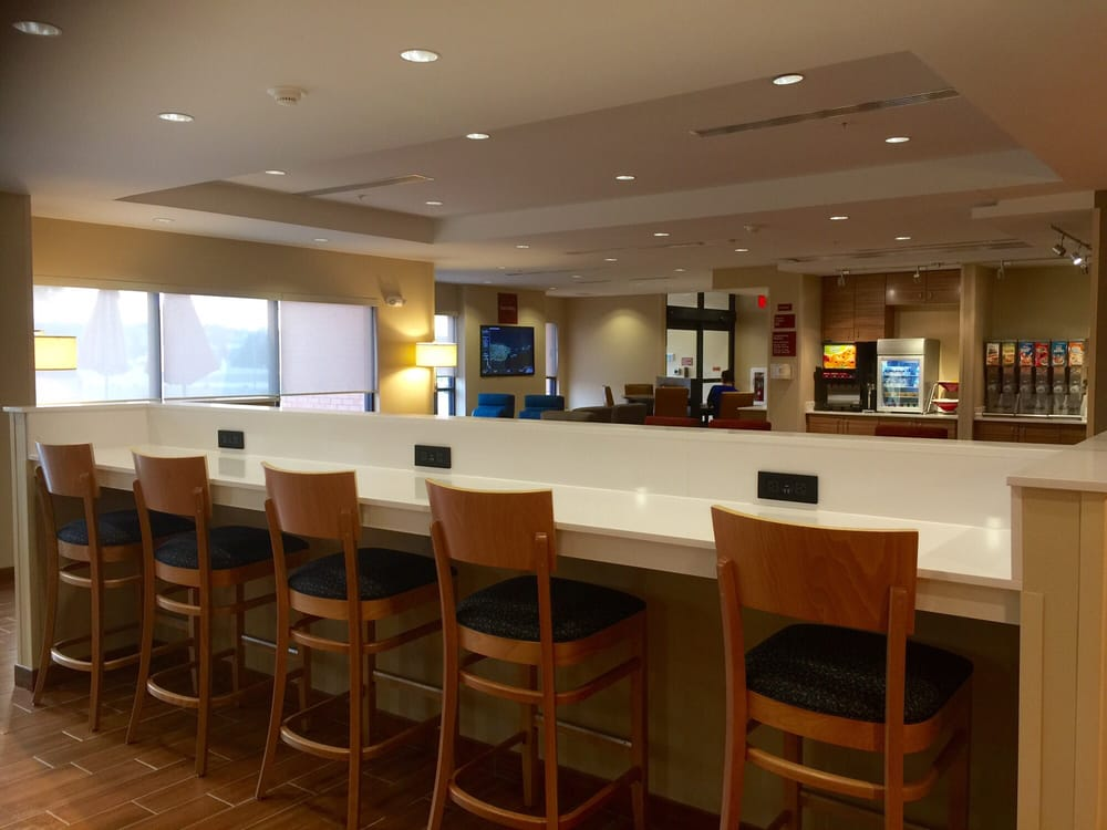 TownePlace Suites by Marriott Gillette: 1715 W 2nd St, Gillette, WY
