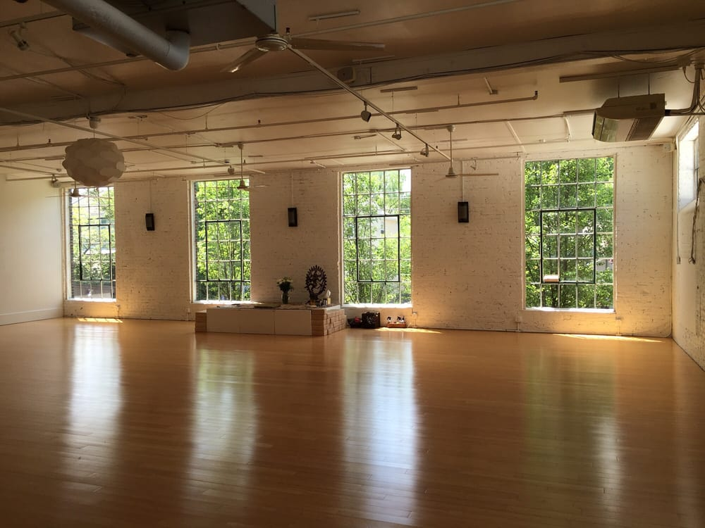 DIG Yoga: 204 N Union St, Lambertville, NJ