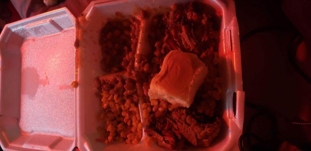 Food from True Smoke Bbq