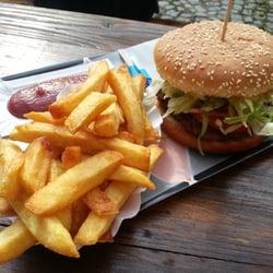 lecker burger 15 photos 13 reviews burgers. Black Bedroom Furniture Sets. Home Design Ideas