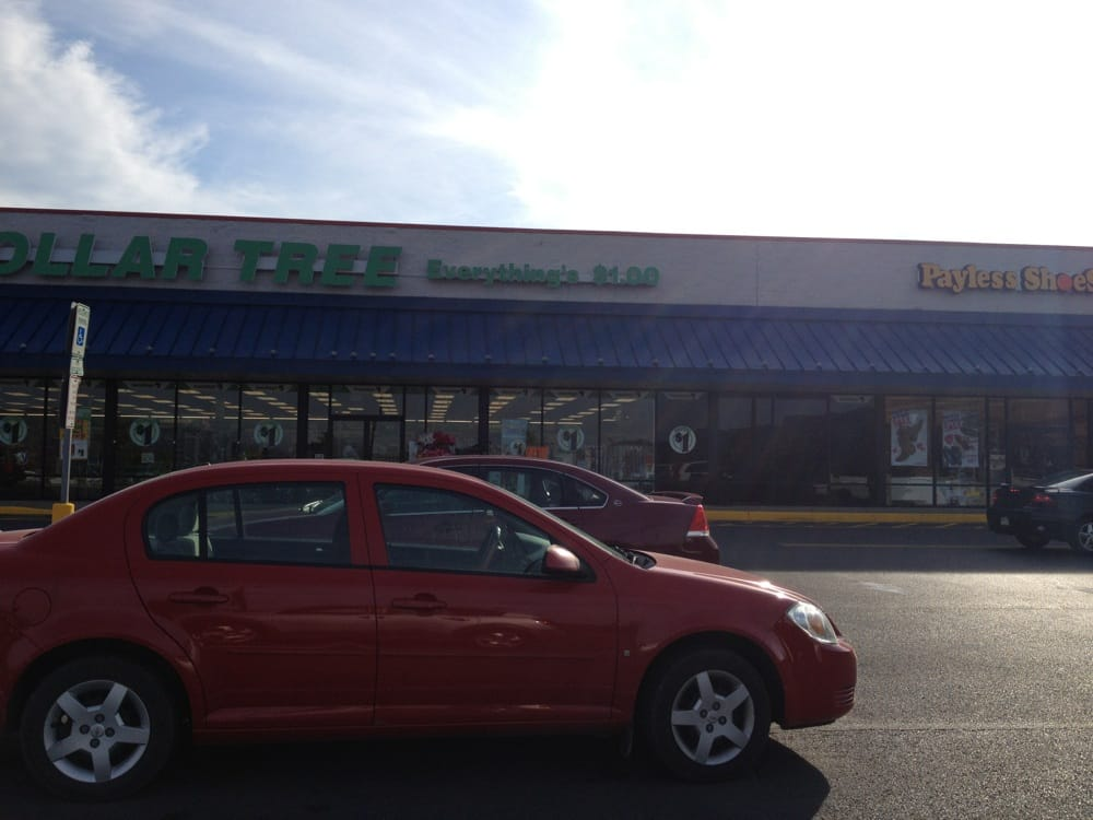 Dollar Tree: 102 Supercenter Plaza Dr, Lewistown, PA
