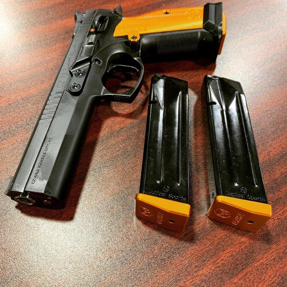Uncoiled Firearms and Gun Range: 30305 Schoolcraft Rd, Livonia, MI