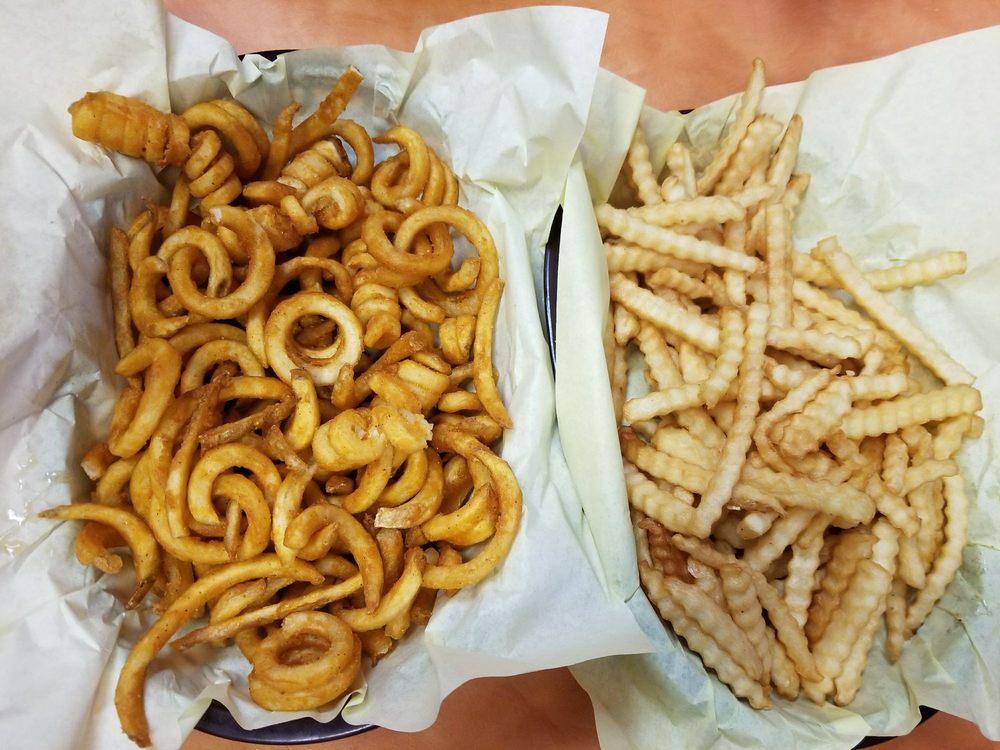 AJ's Burgers: 4711 64th St NE, Marysville, WA