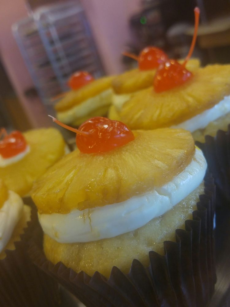 Smallcakes - A Cupcakery and Creamery - Order Food Online - 49 ...
