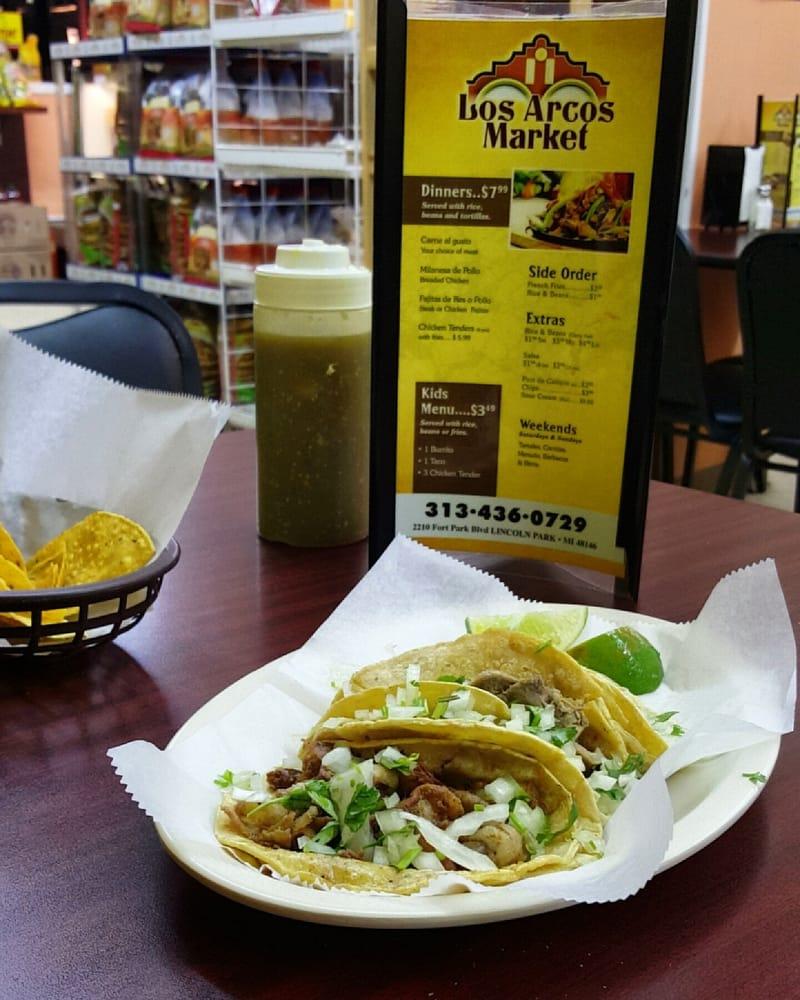 Los Arcos Market: 2210 Fort Park Blvd, Lincoln Park, MI