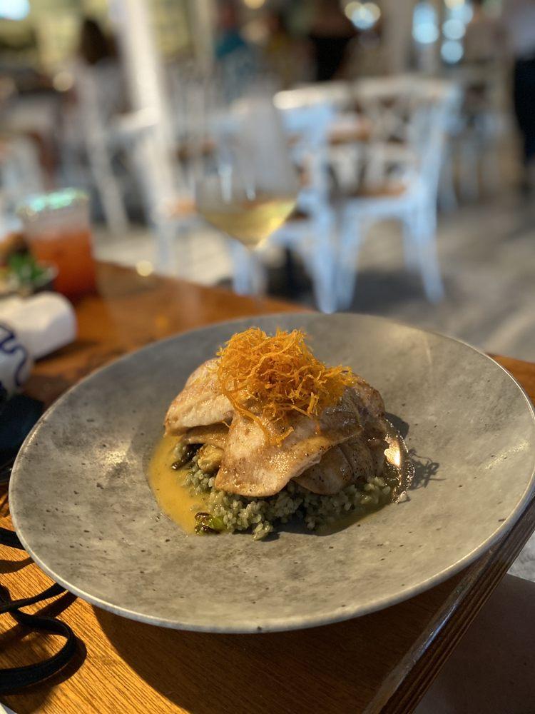Hogfish Harry's Restaurant + Bar