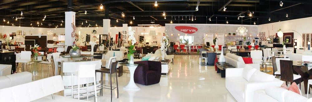 Aventura Main Showroom