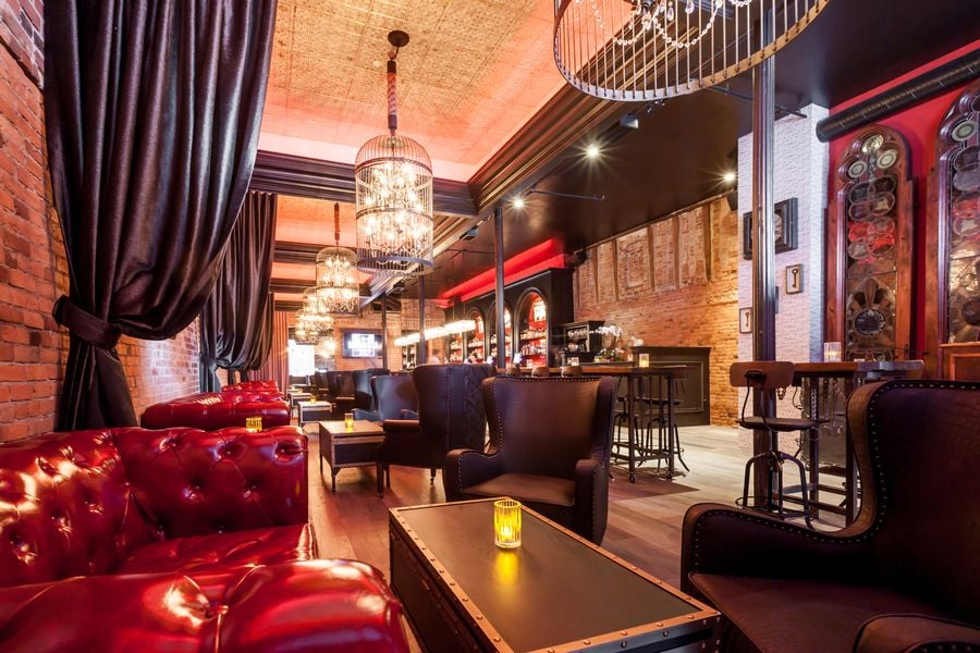Barbarossa Lounge: 714 Montgomery St, San Francisco, CA