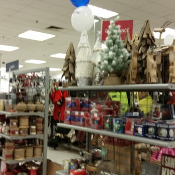 Marshalls 10 reviews department stores 3850 mystic for Room decor marshalls