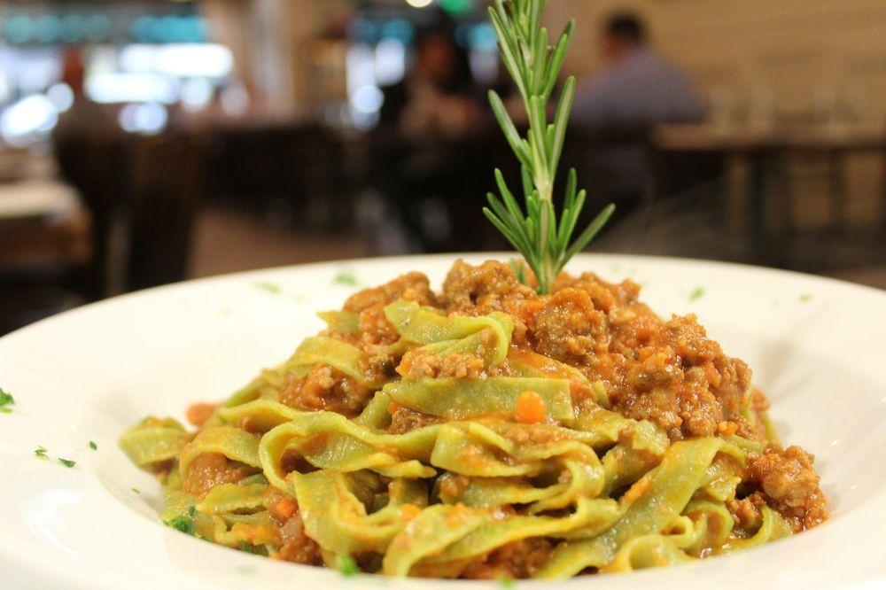 Tagliatelle verdi al rag yelp for X uv cuisine