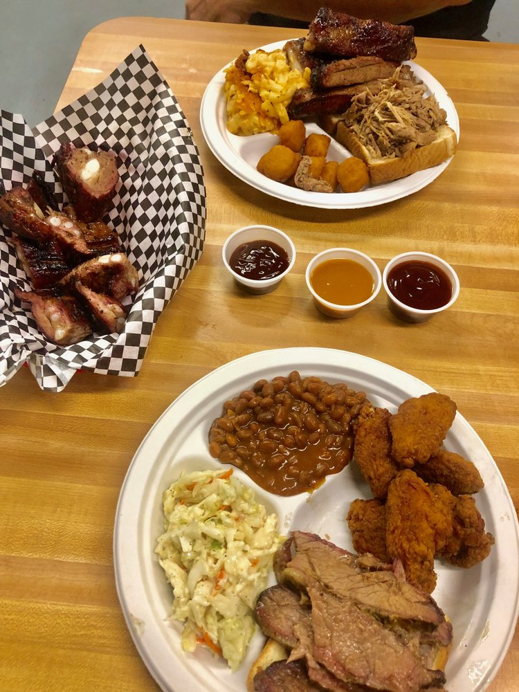 Bump & Grind featuring Bruh-Bruh's BBQ: 555 8th St, Holly Hill, FL