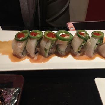 Sake sushi bar and lounge montrose order food online for Food bar 810