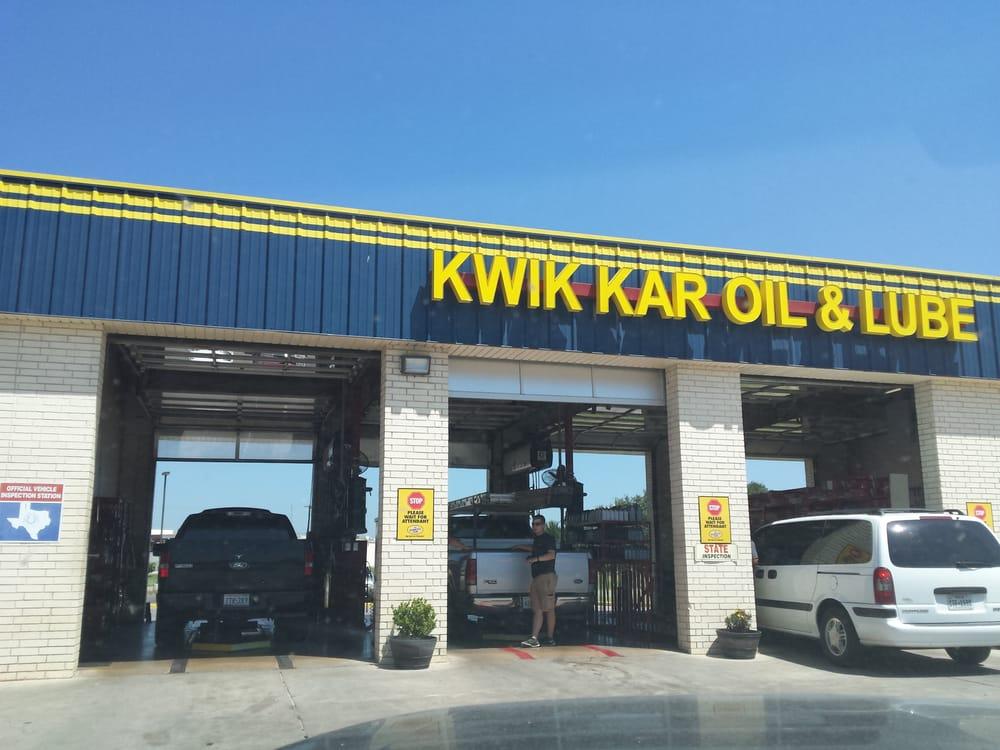 Kwik Kar Oil & Lube: 212 E Commerce St, Brownwood, TX