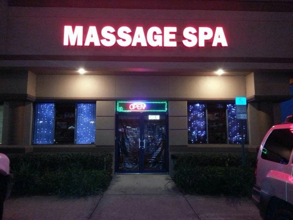 Oriental Massage: 1045 N John Young Pkwy, Kissimmee, FL