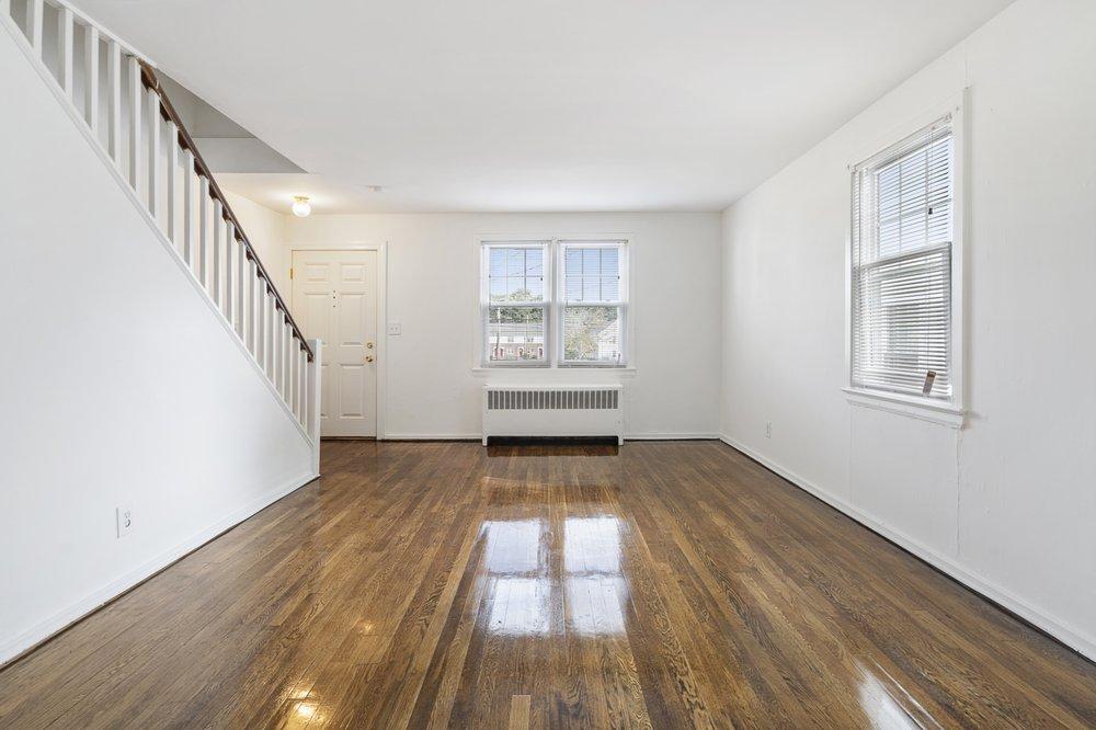 Groton Townhouse Apartments: 126 Litton Ave, Groton, CT