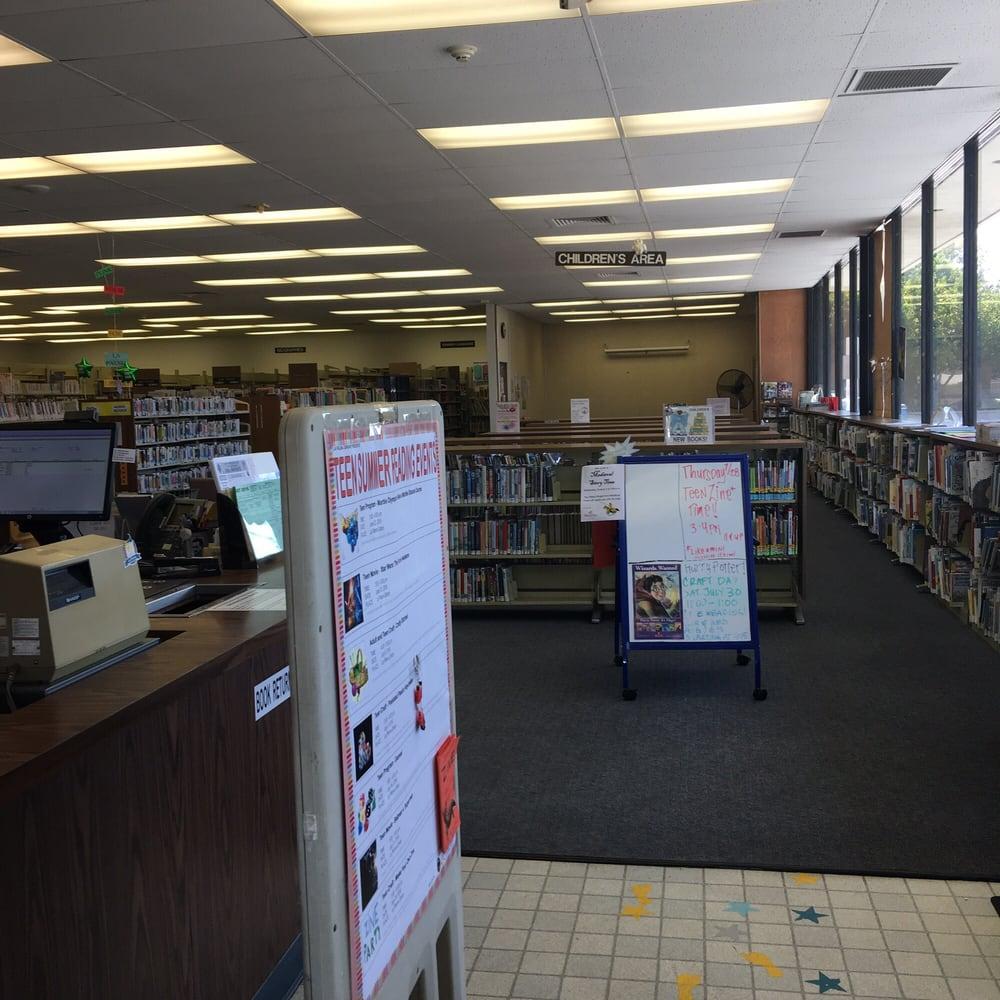 La Palma Library: 7842 Walker St, La Palma, CA