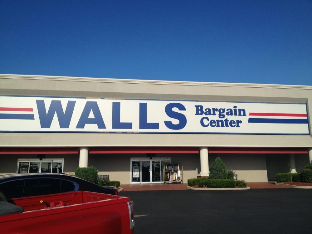 Wall's Bargain Center: 1310 N Hills Shopping Ctr, Ada, OK