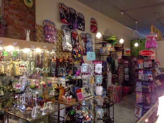 Lori's Gift Shop - Gift Shops - 658 Main St, Vermilion, OH - Phone ...
