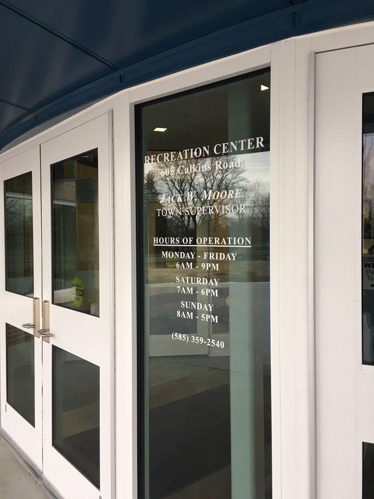 Henrietta Recreation Center: 605 Calkins Rd, Henrietta, NY
