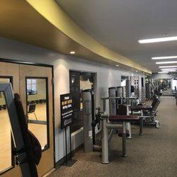 Ramona Fitness Center - 33 Photos & 27 Reviews - Gyms - 558