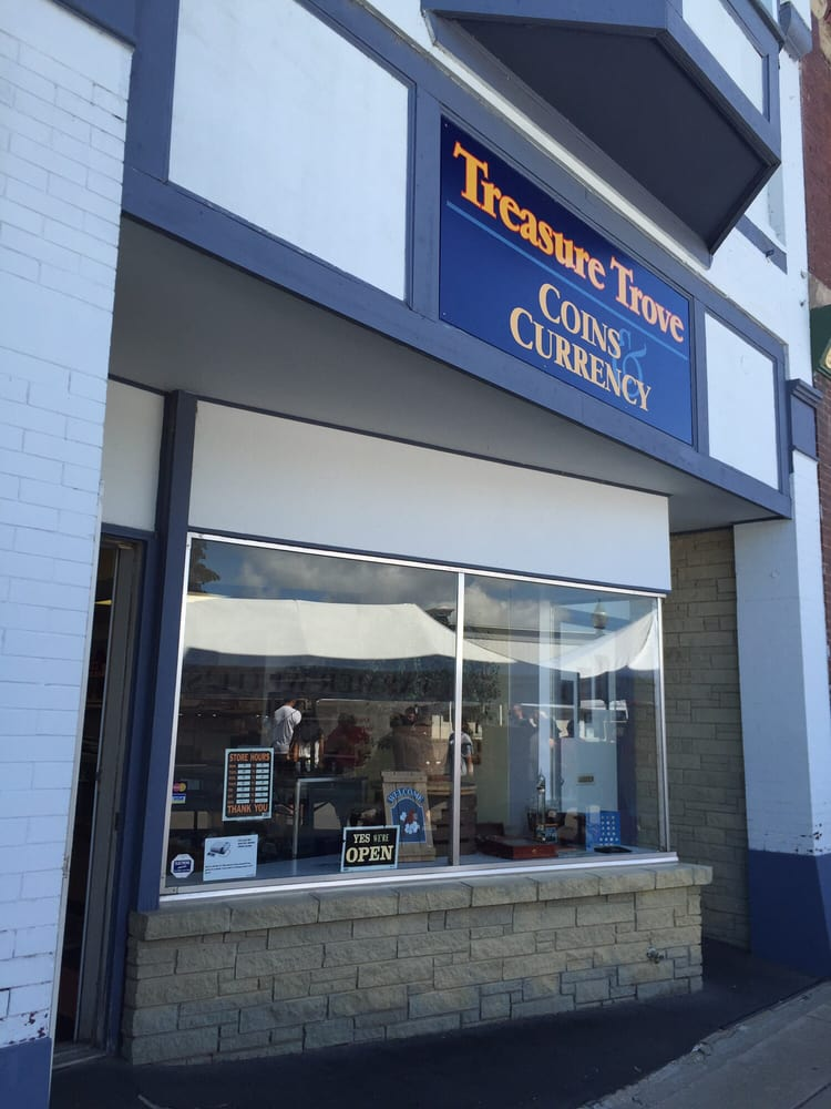Treasure Trove: 415 Howard St, Petoskey, MI