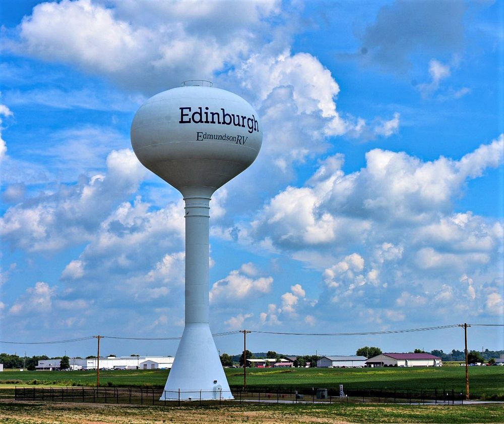 Edmundson RV Sales & Service: 14501 N US Highway 31, Edinburgh, IN