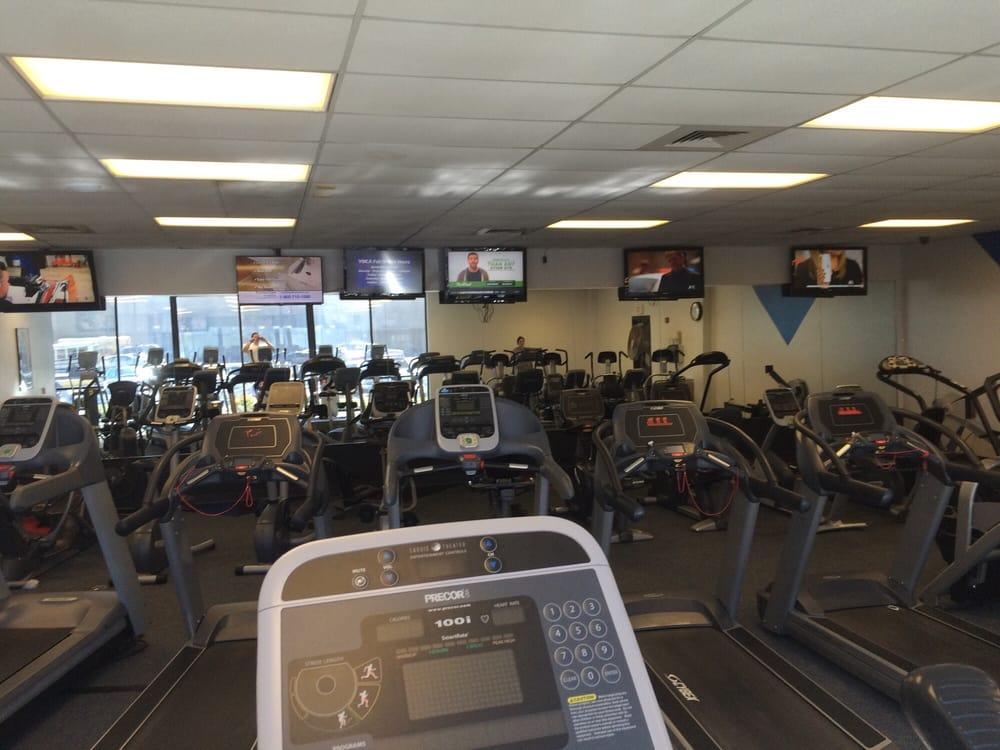 YMCA of Hutchinson and Reno County: 716 E 13th Ave, Hutchinson, KS