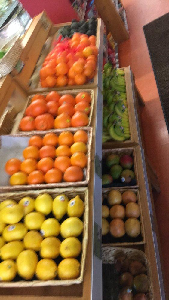 Newport Natural Market & Cafe: 194 Main St, Newport, VT