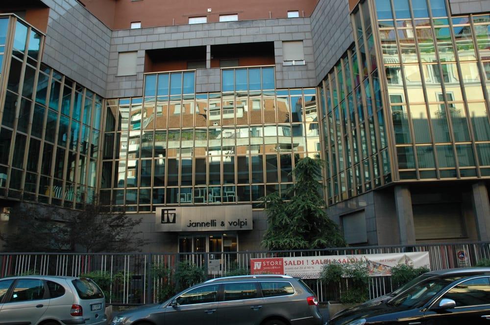 Jannelli e Volpi - Rund ums Haus - Via Melzo, 7, Palestro, Mailand ...