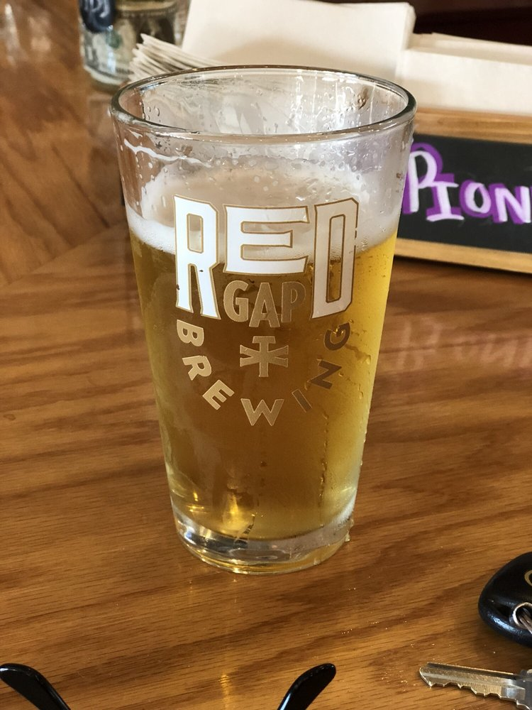 Red Gap Brewing: 712 Conrad Hilton Blvd, Cisco, TX