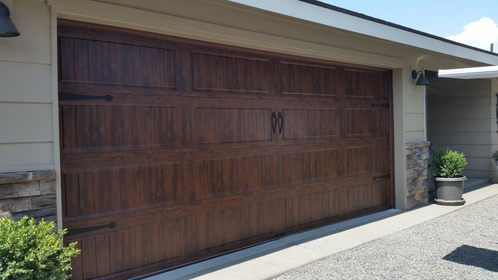 Sage Hill Garage Doors: Ephrata, WA