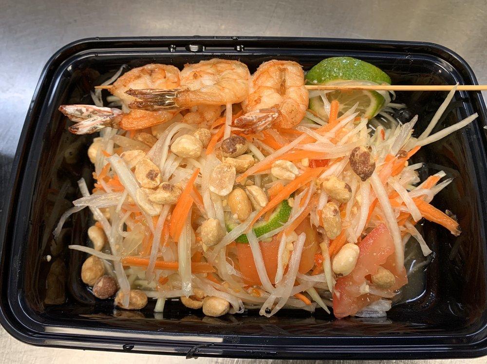 Chaba Thai Bistro: 6434 Phelan Blvd, Beaumont, TX