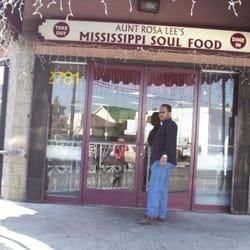 Photo Of Aunt Rosa Lee S Mississippi Soul Food Los Angeles Ca United States