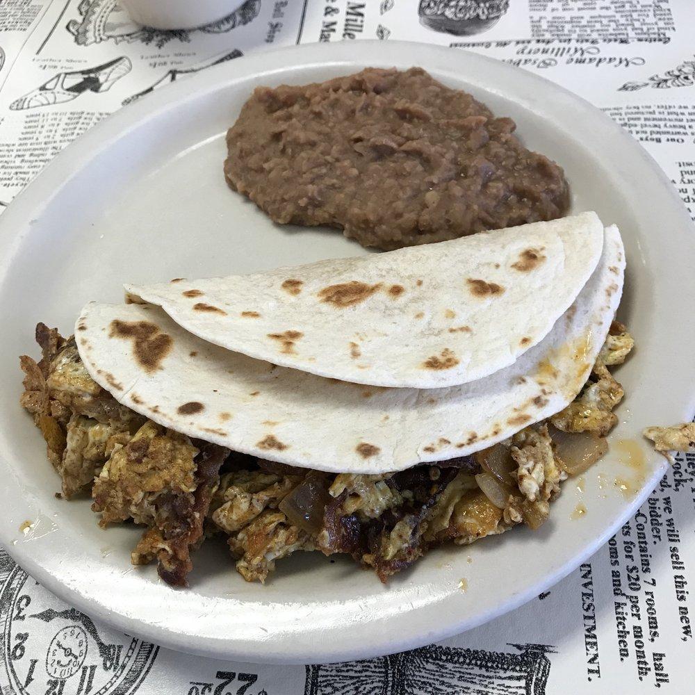 Save Inn Restaurant: 1806 Sidney Baker St, Kerrville, TX