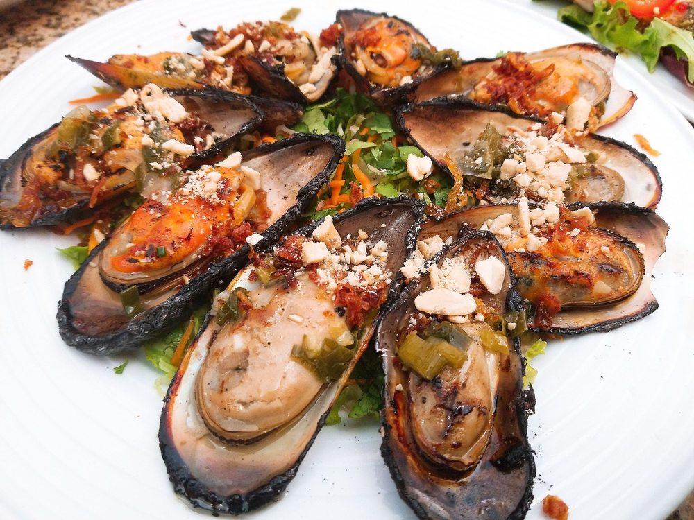 Com Vietnamese Grill Restaurant