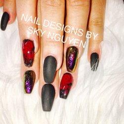 Hot nails elk grove