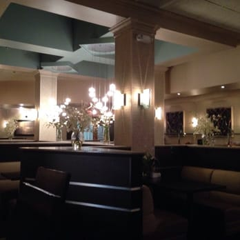 Photo Of Doubletree By Hilton Jackson Tn United States Hotel Restaurant