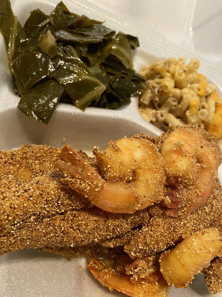 Momma Luv's Soul & Carribean Food: 2427 Austin Hwy, San Antonio, TX