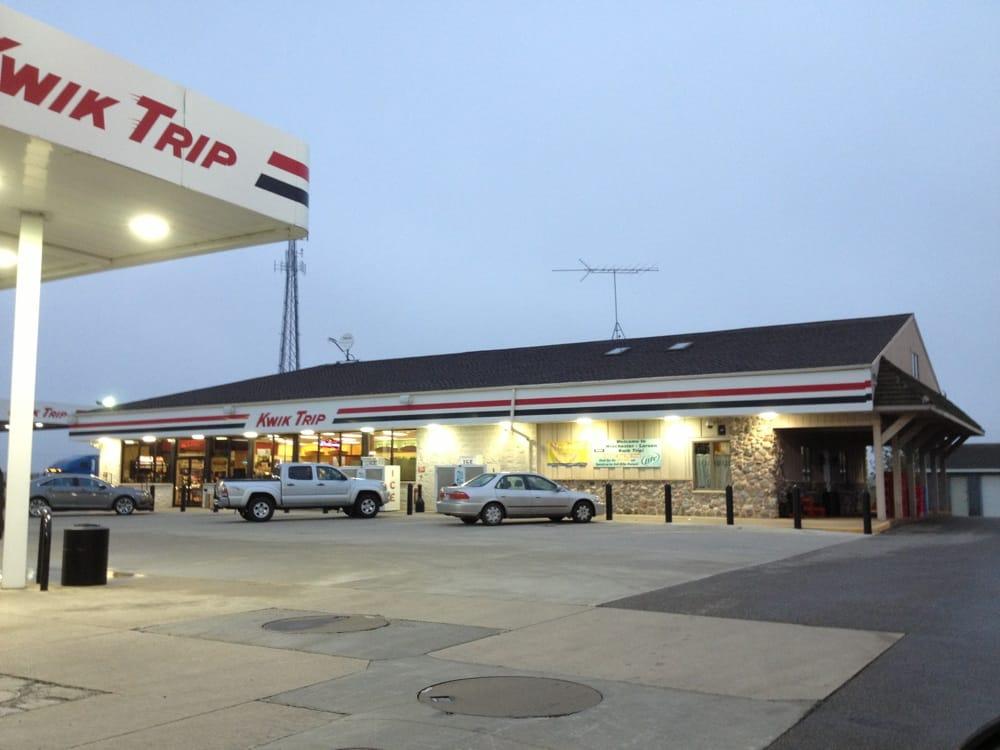 Kwik Trip: 5600 County Rd, Larsen, WI