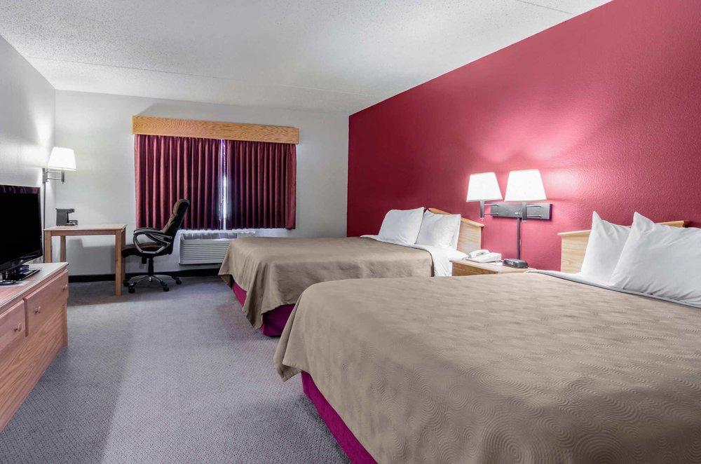 Rodeway Inn: 2 Leonard Court, Hesston, KS