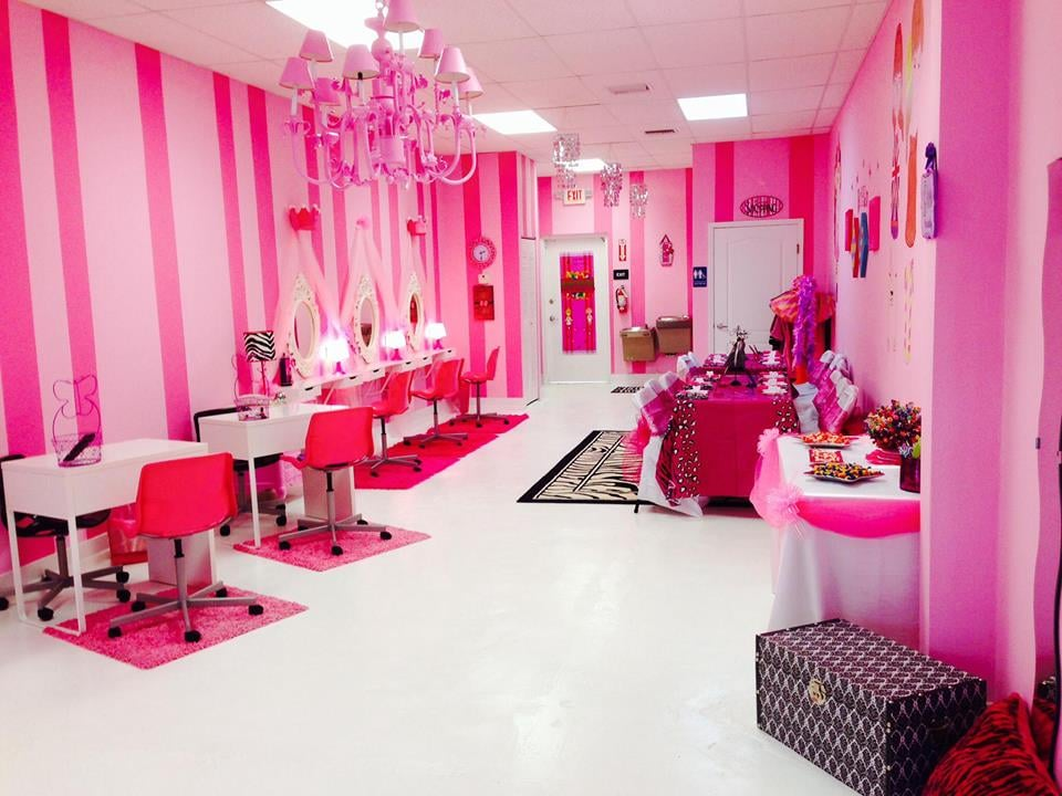 Sweet Pink Miami Party Spa - Make Up - Hair Styling ...