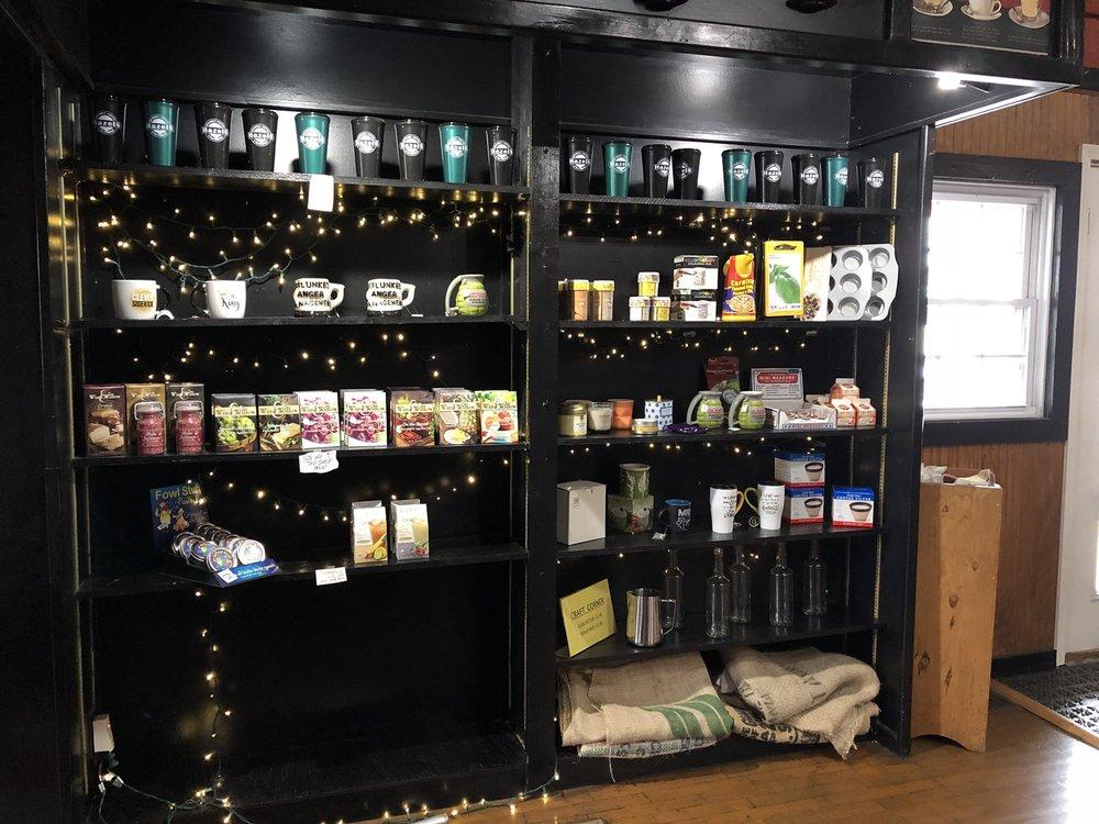 Hazels Gourmet Coffee & Tea Company: 3829 Frederick Ave, Saint Joseph, MO