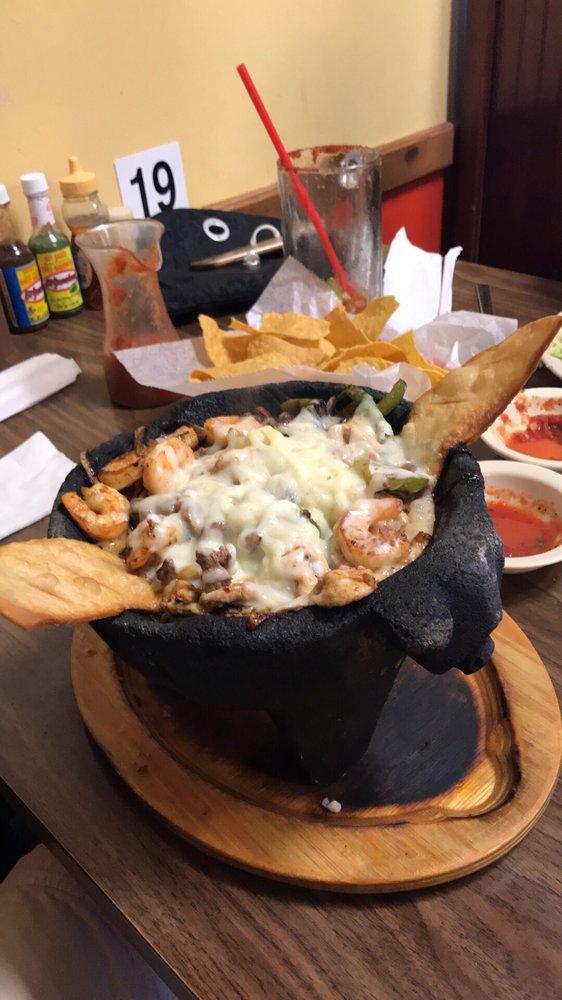 Los Arcos Mexican Restaurant: 204 N Main St, Bristow, OK