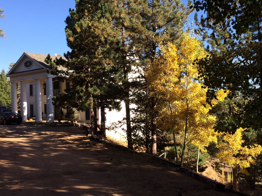 Pikes Peak Paradise Bed and Breakfast