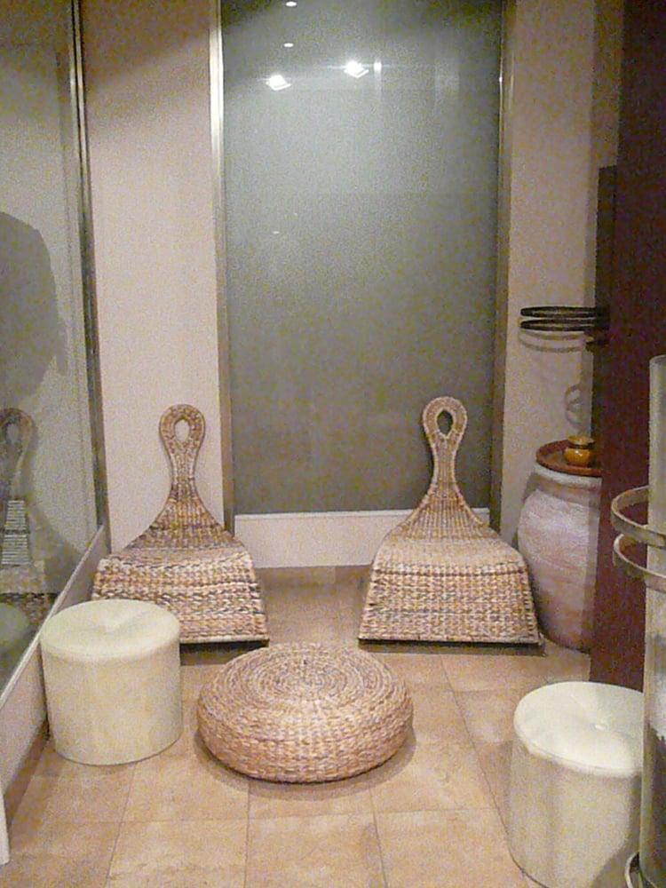 carlota manucure pedicure 16 avenue hoche champs elys es paris num ro de t l phone yelp. Black Bedroom Furniture Sets. Home Design Ideas