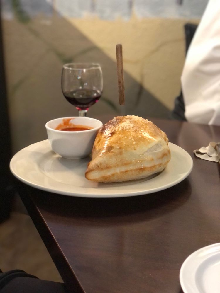 Giuseppe's Italian Grill: 3003 N Hwy 123 Byp, Seguin, TX