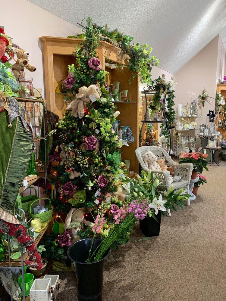 Forever Floral: 11427 Foley Blvd, Coon Rapids, MN