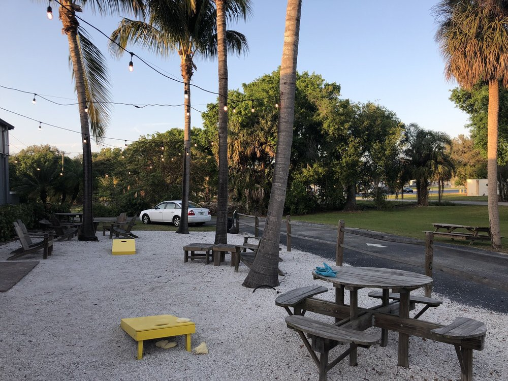 Fat Point Brewing: 611 Charlotte St, Punta Gorda, FL